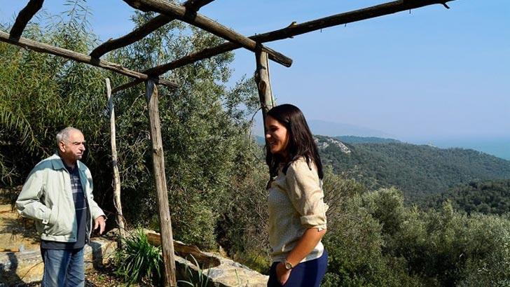 """STRATO Webshop """"Olijfhelden"""": Hilfe für Geflüchtete auf Lesbos"""