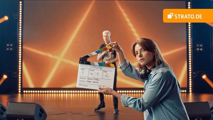 Wicked: H.P. Baxxter rockt den STRATO TV-Spot
